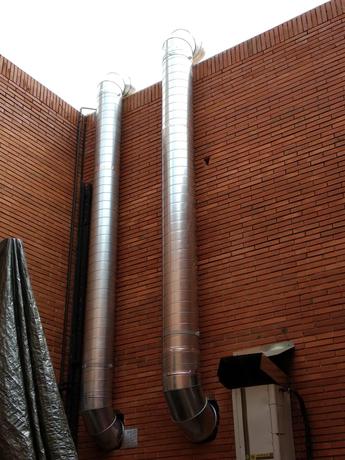 Conductos verticales extracción y aportación de aire